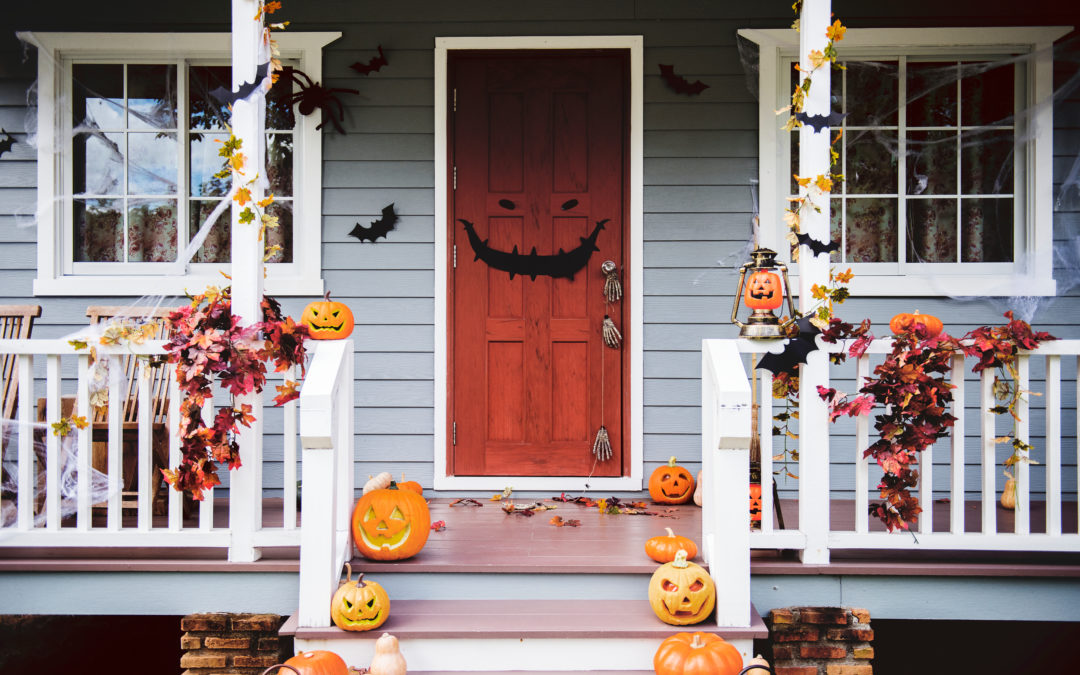 (Spooky) Roof Decorating Tips For Halloween
